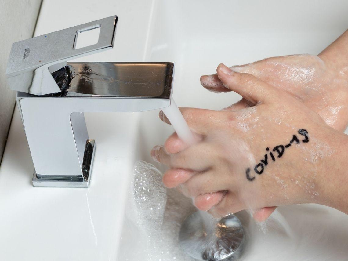 Enseña a tu hijo a lavarse las manos
