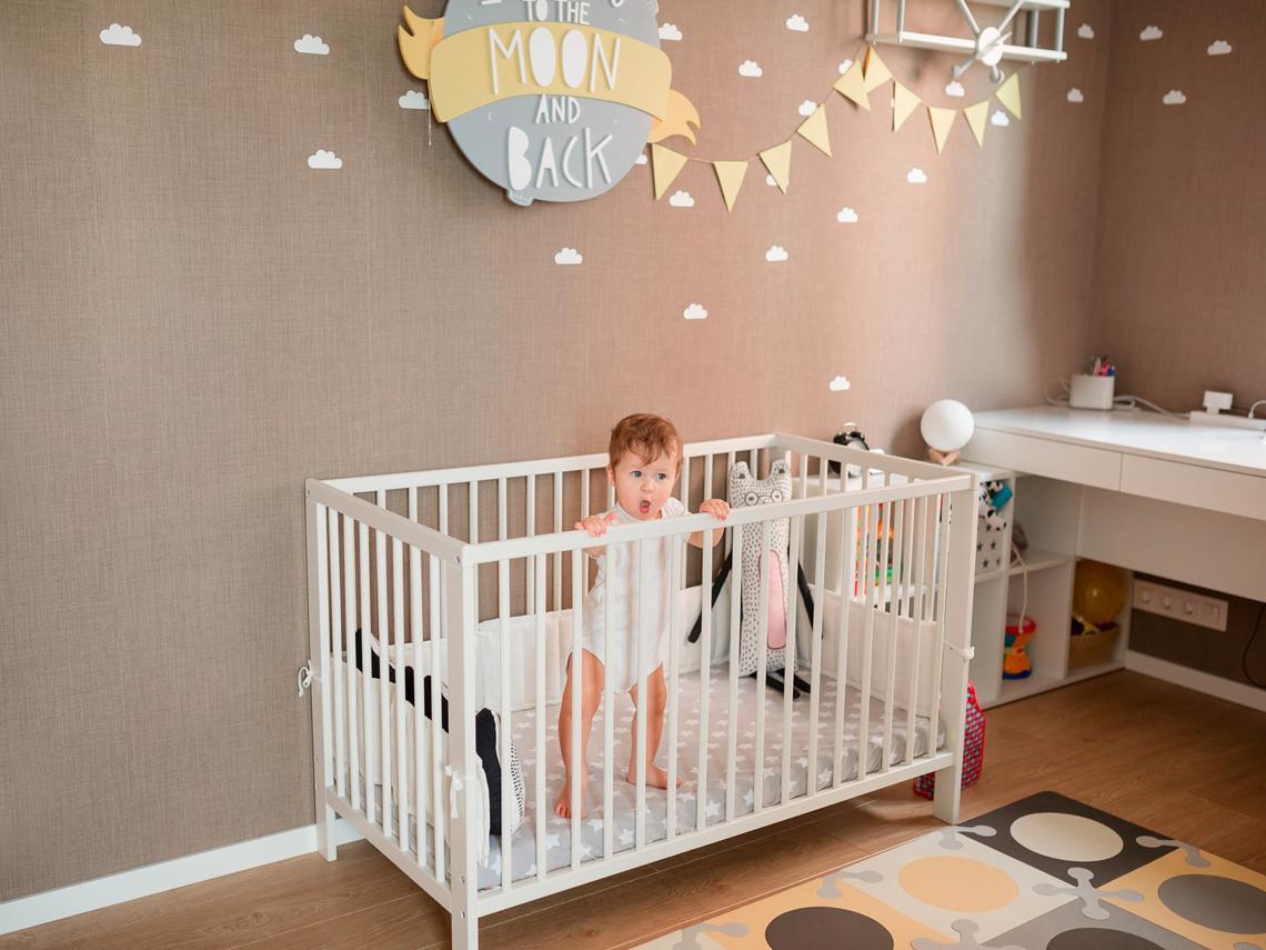 ¿El bebé se despierta con frecuencia? Causas de algo normal