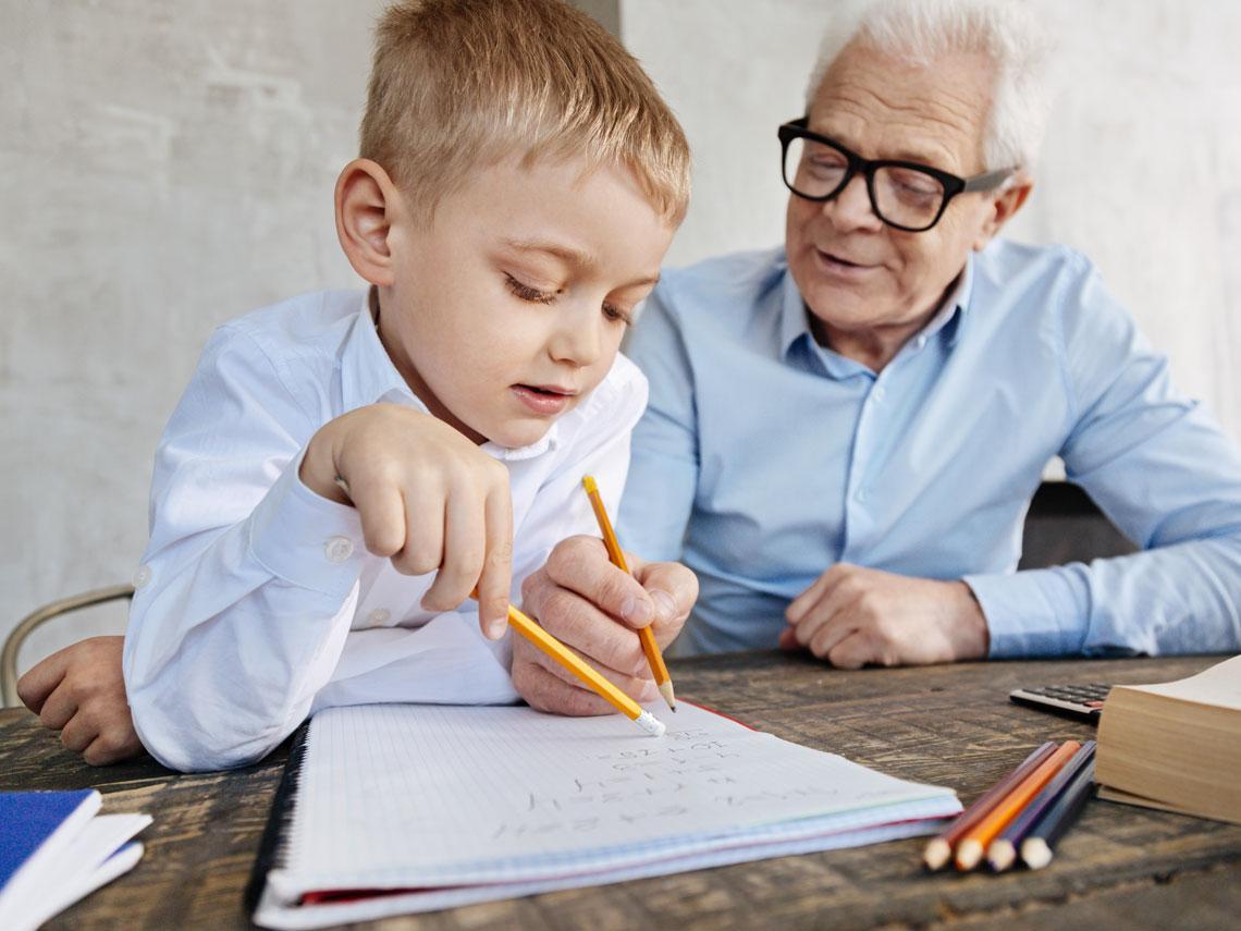 abuelo deberes nieto