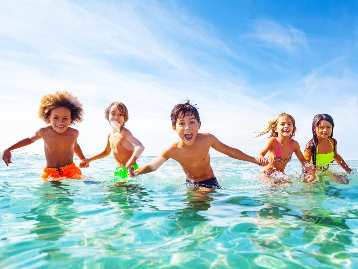 74d890b2332 Los bañadores y bikinis infantiles más molones del verano ...