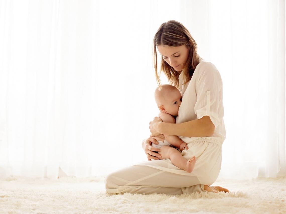 Madre y bebé (Foto: iStock)