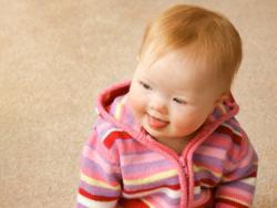 ¿Cómo estimular a mi bebé con síndrome de Down en casa?