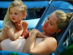 Cuidados del pelo de la embarazada en verano