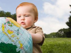 Bebés nacidos en el extranjero: ¿cómo educar en los dos idiomas?
