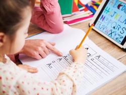 Estas son las razones por las que tu hijo debería escribir a mano