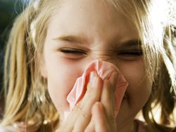 ¿Tu hijo tiene rinitis alérgica? Vacúnale ya