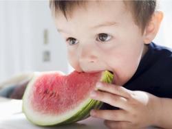 La dieta vegana no es adecuada para niños pequeños