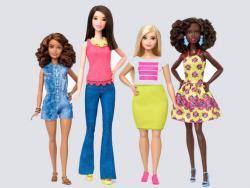 Barbie adapta sus muñecas a las medidas reales