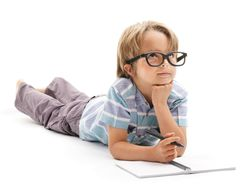 Cómo fomentar la escritura creativa, según su edad