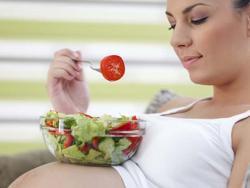 ¿Embarazada? Elige solo alimentación saludable