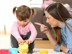 5 actitudes de padres tóxicos