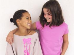 Una niña denuncia sexismo a través de la moda infantil