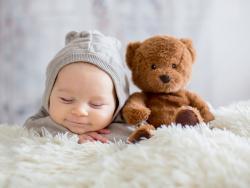 Sueño infantil: cómo gestionar el cambio de hora
