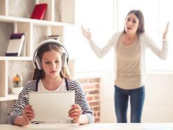 Se ha hecho mayor, ¿cómo cambian las relaciones familiares con un hijo adolescente?