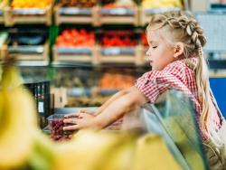 'Cómprame esto, por favor': ¿Cómo afecta el poder de decisión de tu hijo a la cesta de la compra?