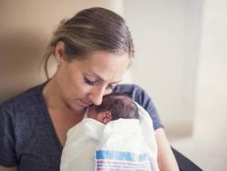 Diferencias entre bebés grandes prematuros y prematuros