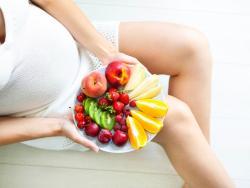 Frutas en el embarazo: las más beneficiosas y las menos aconsejables