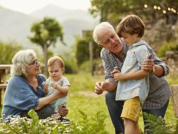 15 frases sobre los abuelos que te llegarán al corazón