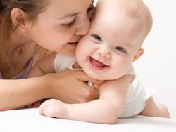 ¿Cómo se desarrolla el bebé a través del juego?