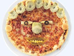 Pizza divertida con verduras