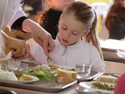 La cena ideal para complementar el menú escolar