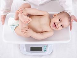 ¿Hay que preocuparse de los percentiles de peso y talla de los bebés?