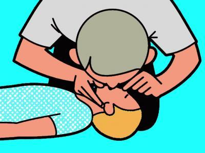 Cómo reanimar a un bebé o a un niño tras un golpe