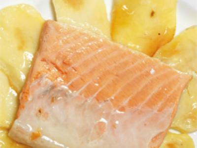 Salmón con patatas