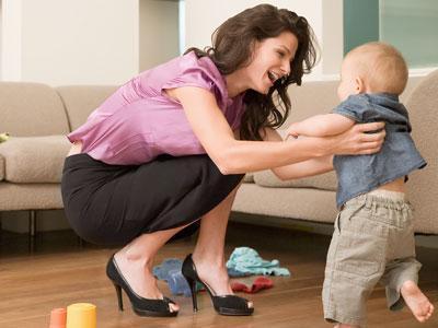 ¿Dejarías de trabajar para cuidar a tus hijos si pudieras?