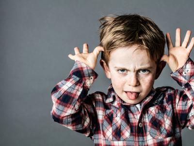 ¿Mantienes tu palabra cuando le dices a tu hijo que si no hace lo que se le pide se quedará sin dibujos? ¿Tienes que repetir el aviso más de 3 veces?