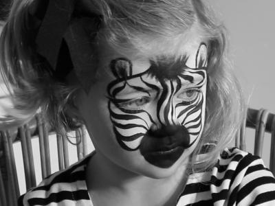 Pintacaras: cómo hacer un maquillaje de cebra para niños