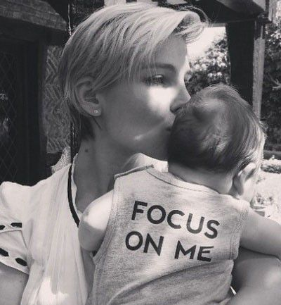 Elsa Pataky se centra en sus bebés