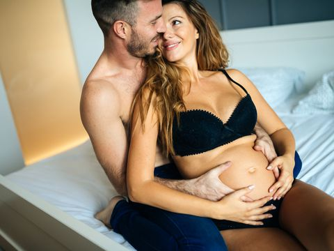 Beneficios de tener sexo, según cada trimestre del embarazo