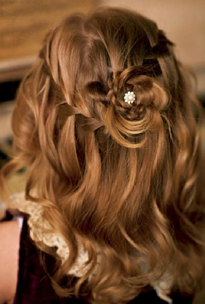 Peinado flower waterfall