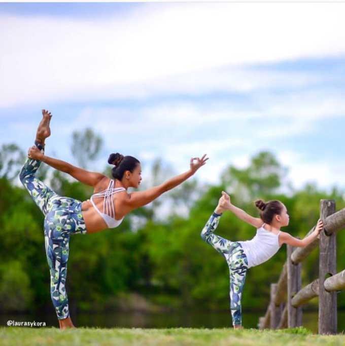Laura Kasperzak, una técnica de yoga perfecta