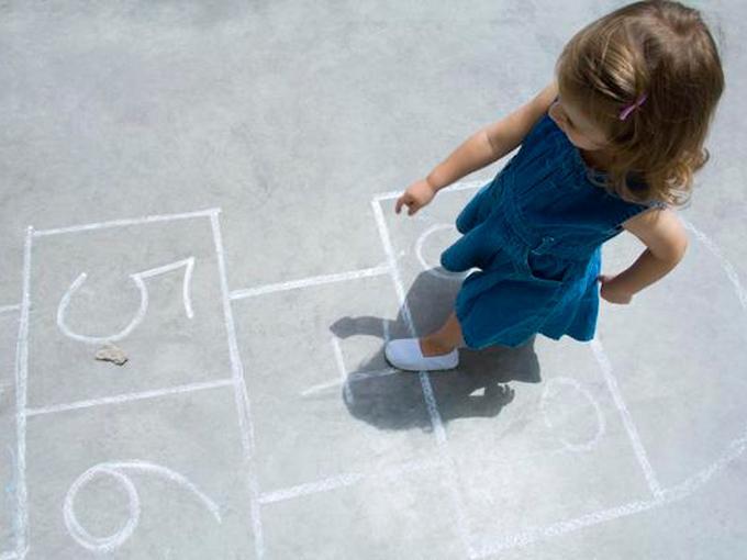 Juegos tradicionales: La rayuela