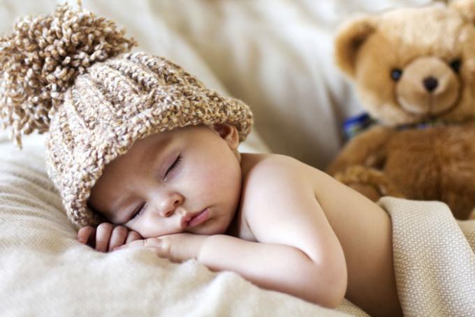 Tu hijo no se aclara y unas temporadas duerme a pierna suelta, mientras que otras se despierta cuatro veces en una misma noche