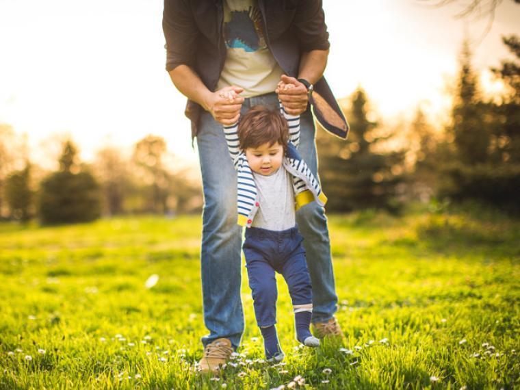 Trucos para estimular al niño a aprender a hablar