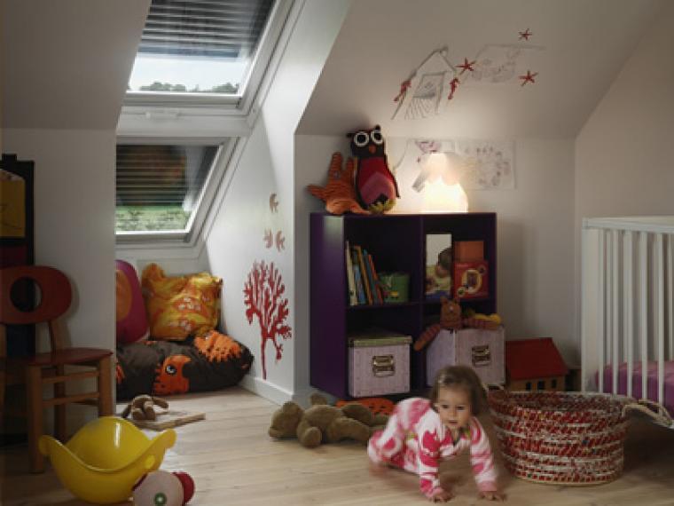 ¿Cómo deben ser las lámparas de la habitación del bebé?