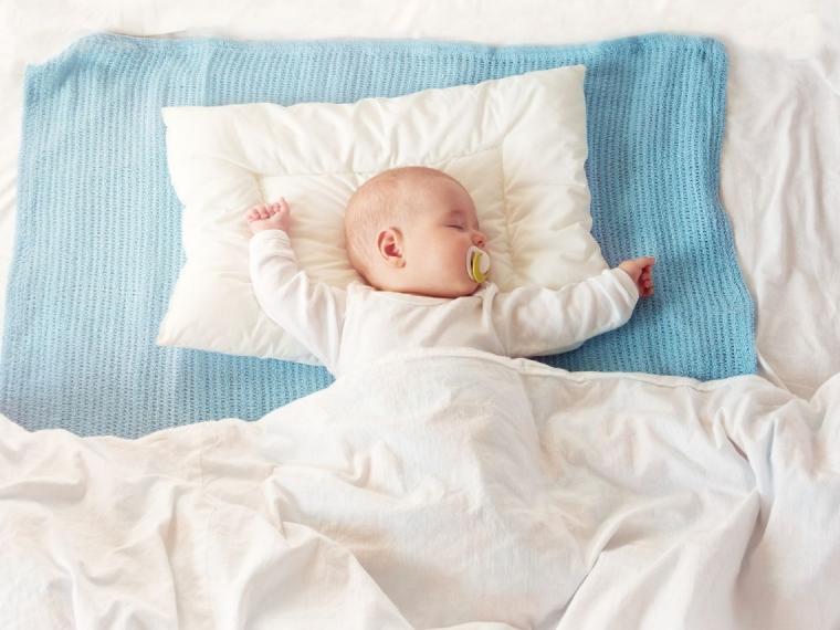¿Cómo conseguir que el niño se vaya a dormir sin montar dramas?