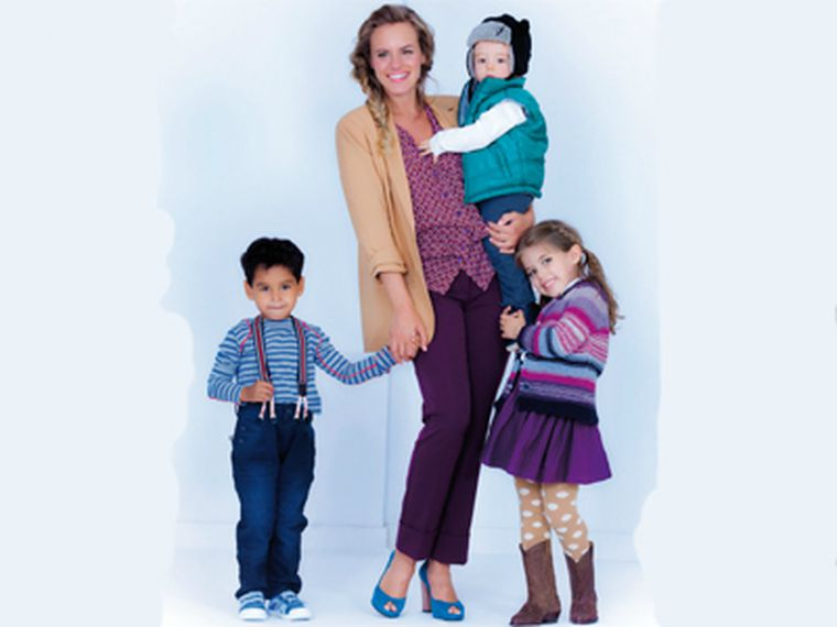 Niño, niña y bebé: ¡todos quieren estrenar zapatos!