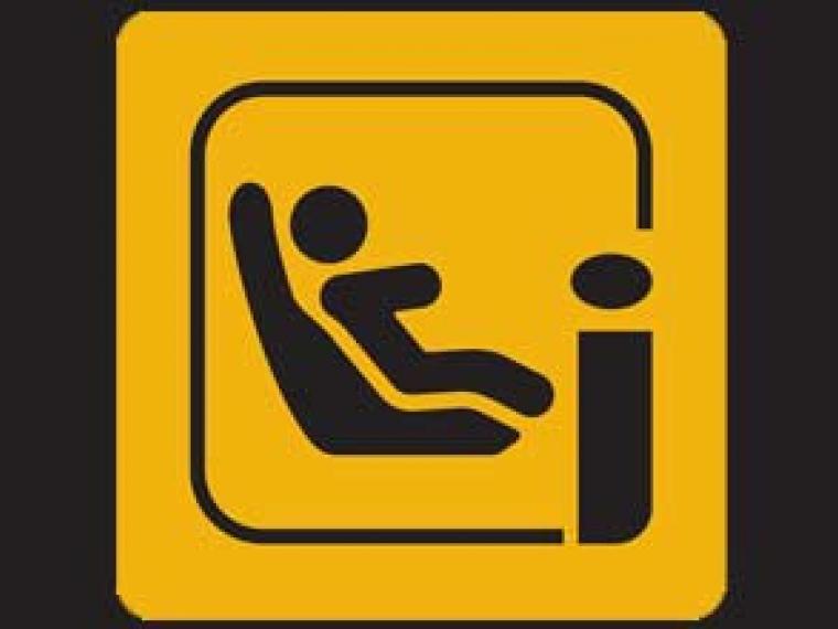 Conoce la nueva normativa i- Size para las sillas del coche