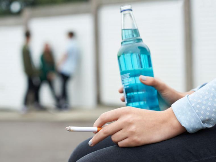 adolescentes alcohol