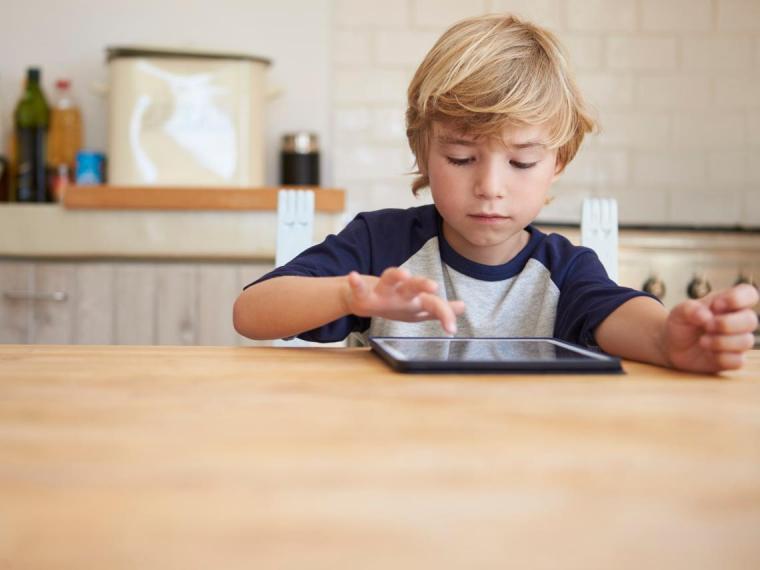 Cuál es la edad mínima para tener una cuenta en redes sociales