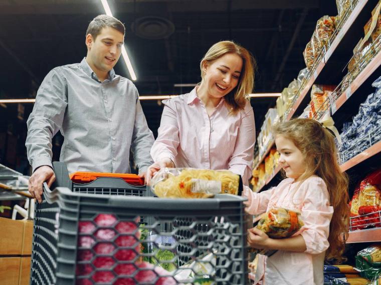 Ideas para conseguir que los niños aguanten bien mientras haces la compra