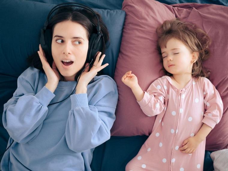 Podcasts sobre crianza para madres y padres: los que no te puedes perder
