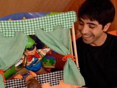 Los niños que juegan con sus padres son más felices e imaginativos