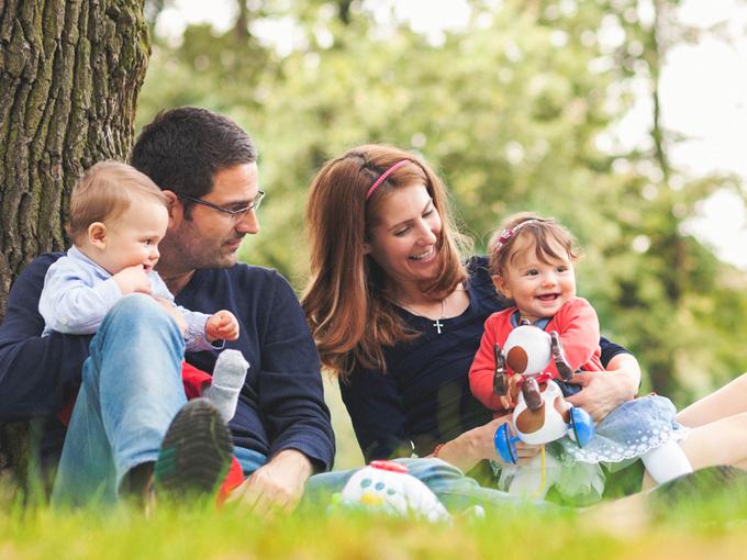 Juegos con bebés para divertirse al aire libre