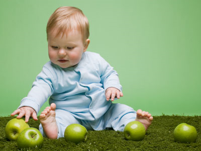 Reconocen por primera vez la prestación por maternidad a los padres por gestación subrogada