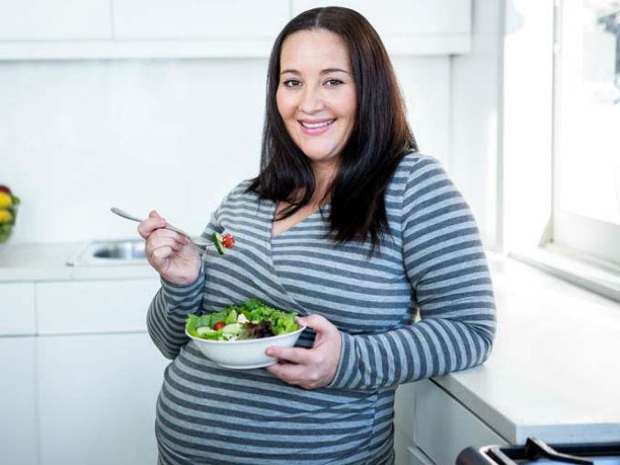 ¿Se puede hacer dieta durante el embarazo?